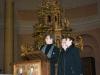 """La """"Pietà"""" di Micciano, di Venturino Venturi a Mendrisio. Paolo Mettel con Don Claudio e Lucia Fiaschi."""